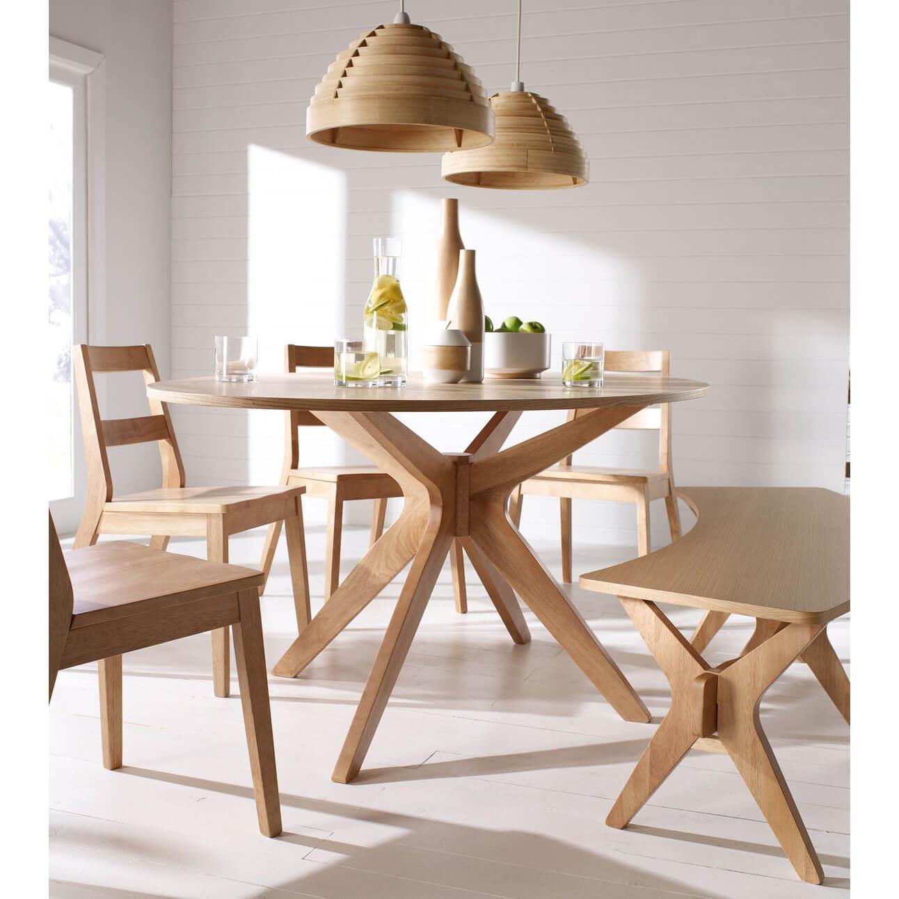 Salna White Solid Oak Veneer Oval Dining Table 2