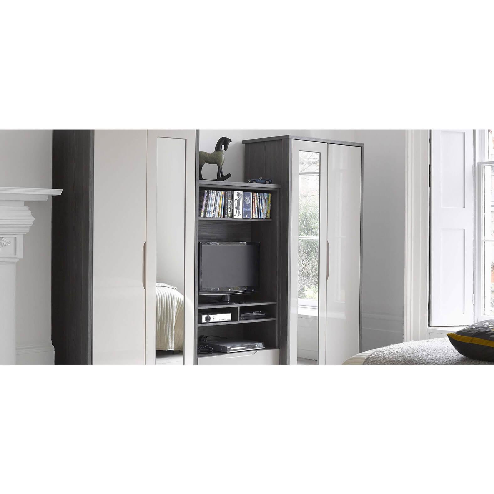 1cfl-april-premium-plus-grey-avola-sand-room-setting-2100x1000