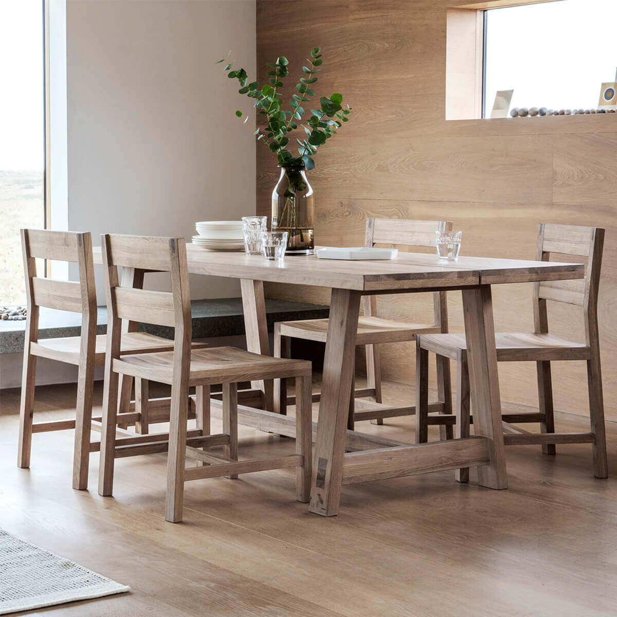 Narrative Solid Oak Plank Dining Set (Dining Set Size: 6 Seat table with 4 chairs and 1 bench)