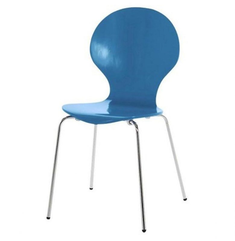 Dining Table with Blue Chairs 4