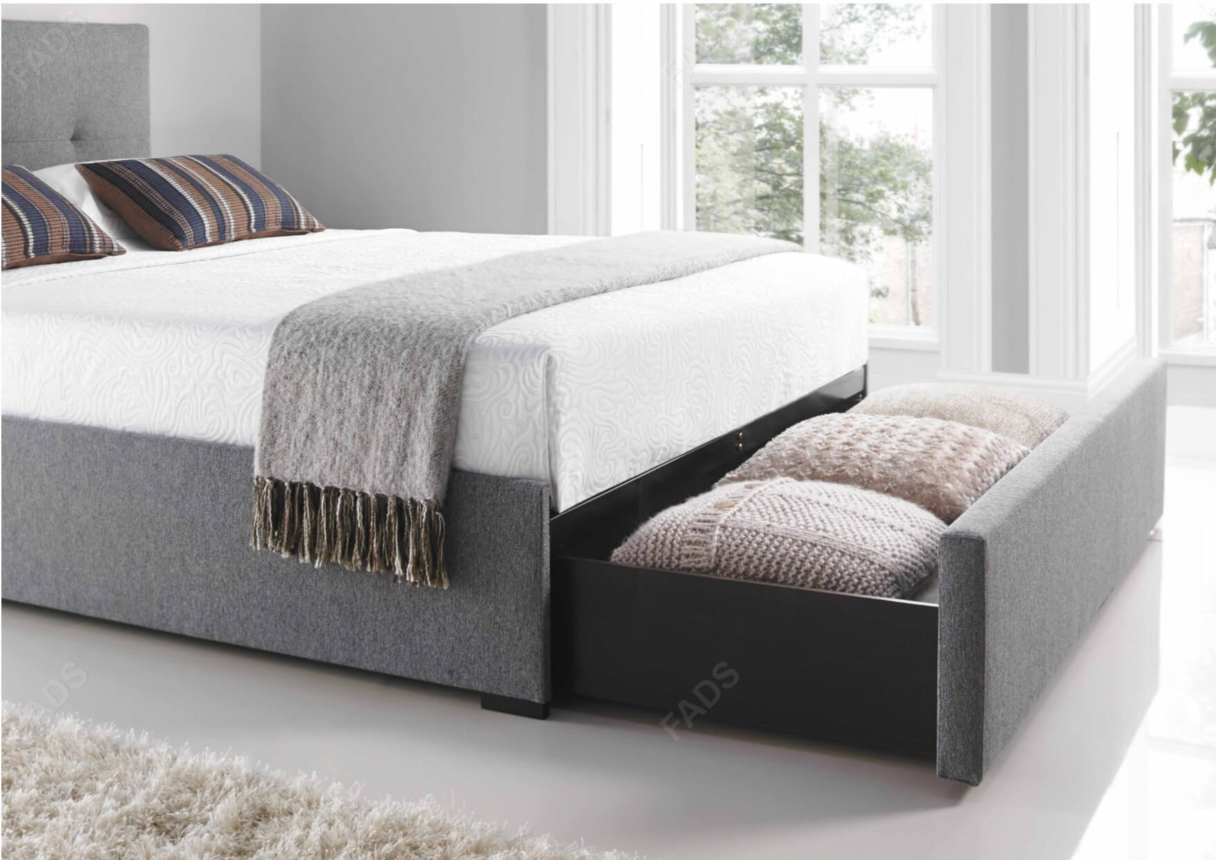 Boat Bed With Trundle And Toy Box Storage: Kaydian Hexham Drawer Bed Smoke Grey