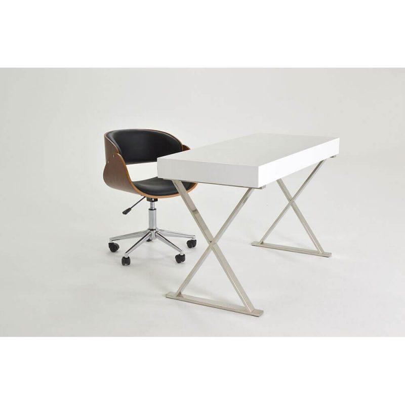 Salerno Desk 2