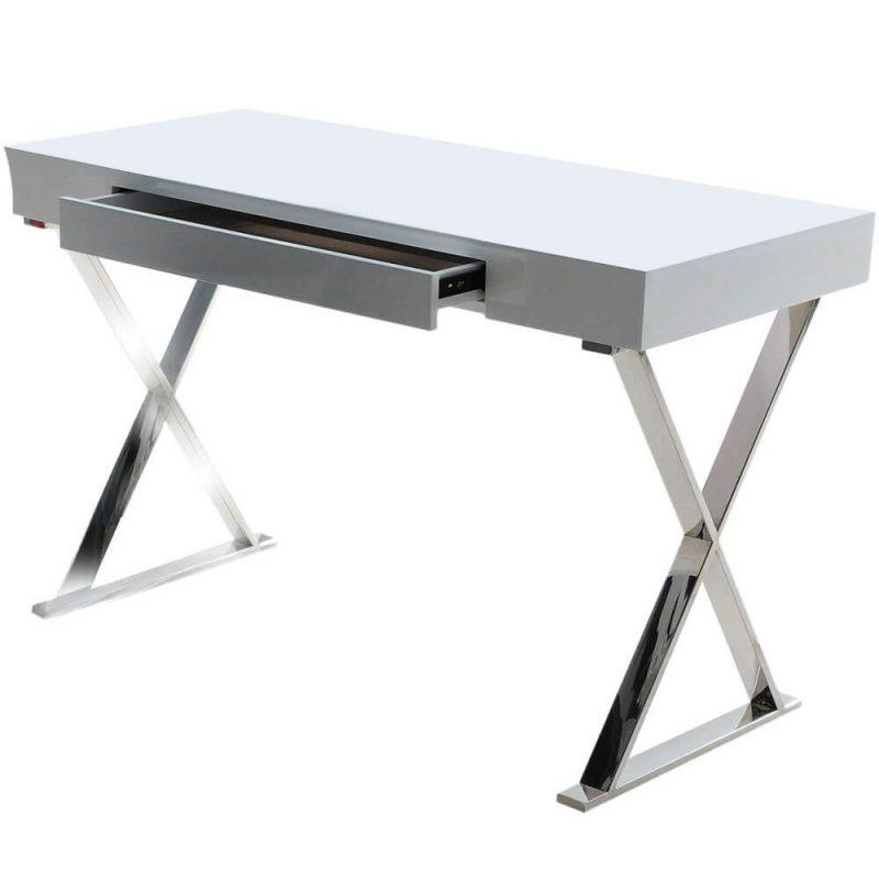 Salerno Desk 3