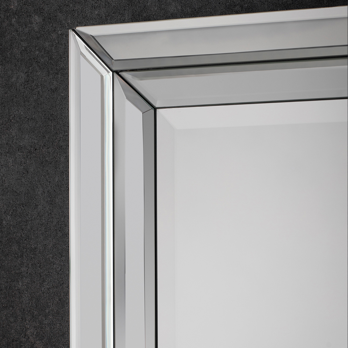 Eva wall mirror at FADS.co.uk
