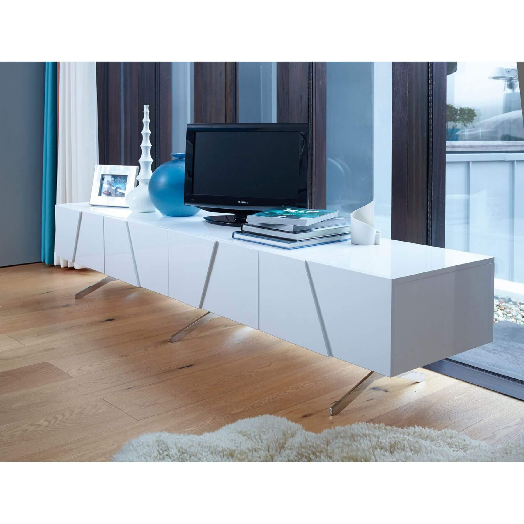 Glacier Double Length Low Media Sideboard (Style: 3 Door & Open Compartment)