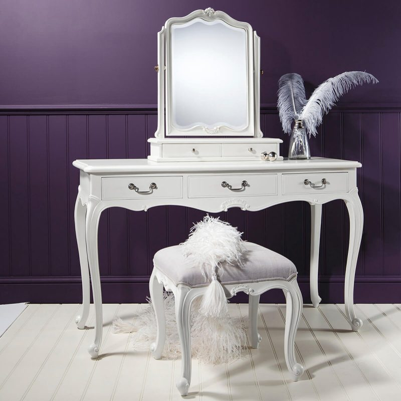 Madeleine Chalk Dressing Table 1