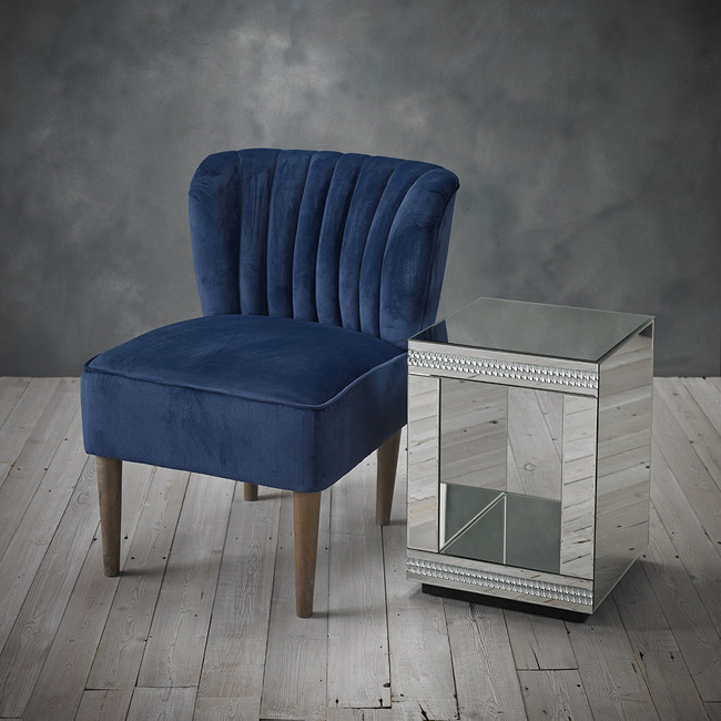 Bella Chair Midnight Blue LifeStyle